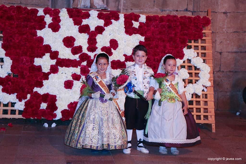 Ofrena de flors a Sant Joan-Fogueres 2019 (181)