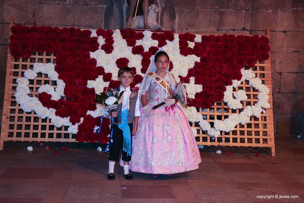 Ofrena de flors a Sant Joan-Fogueres 2019 (182)