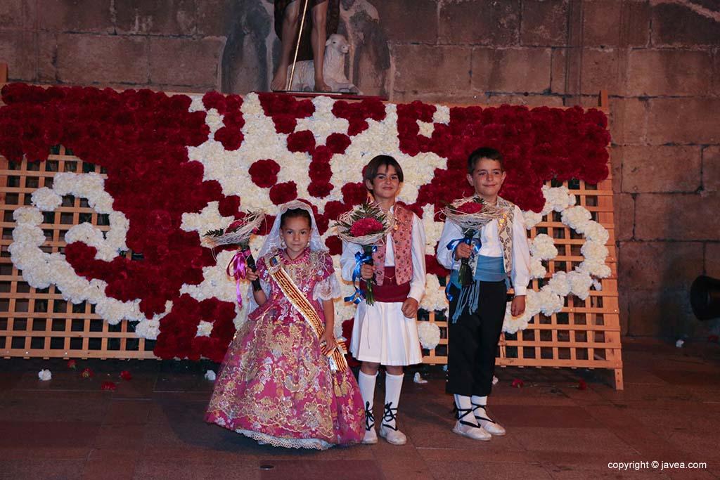 Ofrena de flors a Sant Joan-Fogueres 2019 (183)