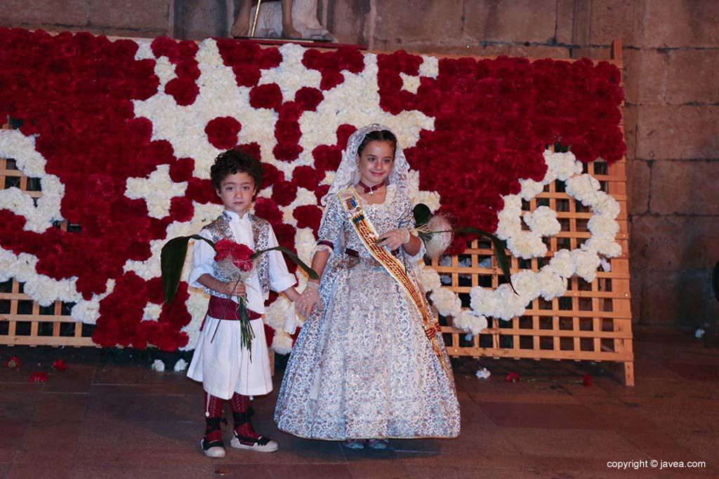 Ofrena de flors a Sant Joan-Fogueres 2019 (185)