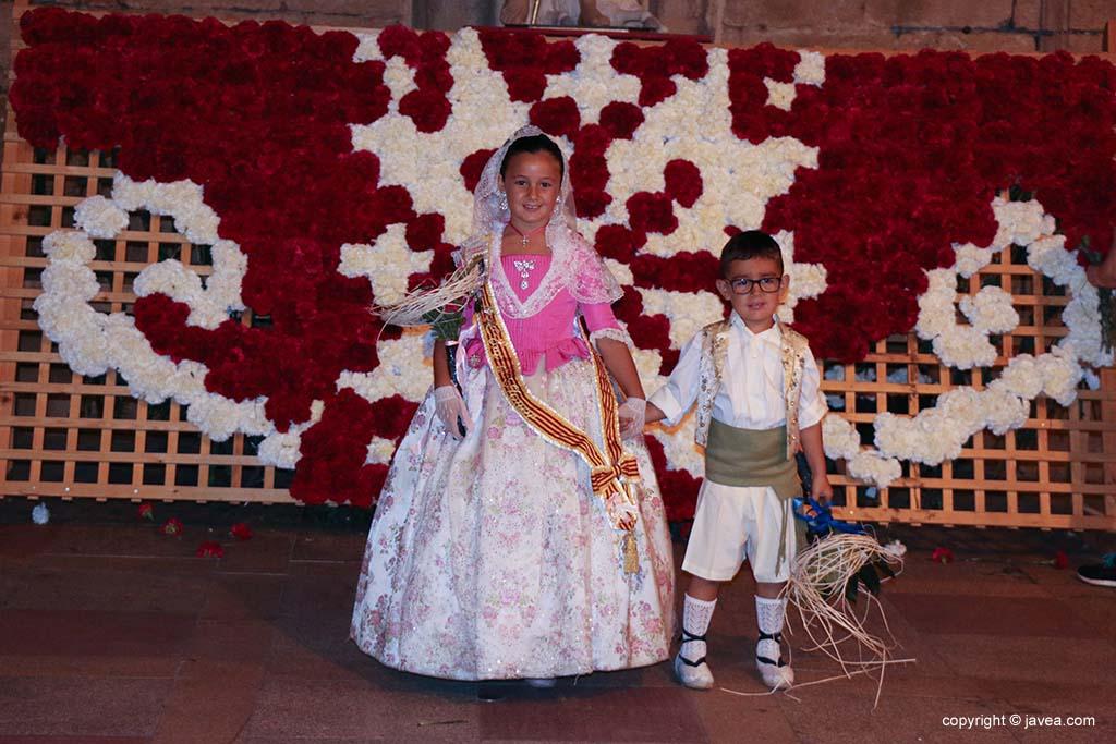 Ofrena de flors a Sant Joan-Fogueres 2019 (186)