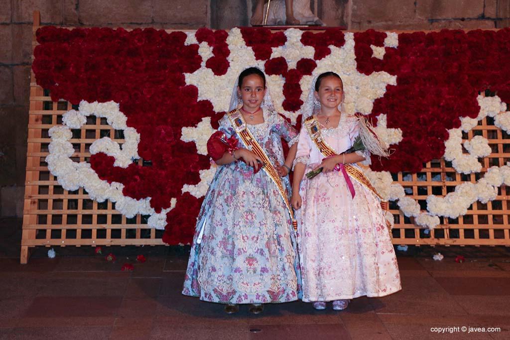 Ofrena de flors a Sant Joan-Fogueres 2019 (187)