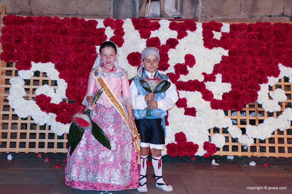 Ofrena de flors a Sant Joan-Fogueres 2019 (188)