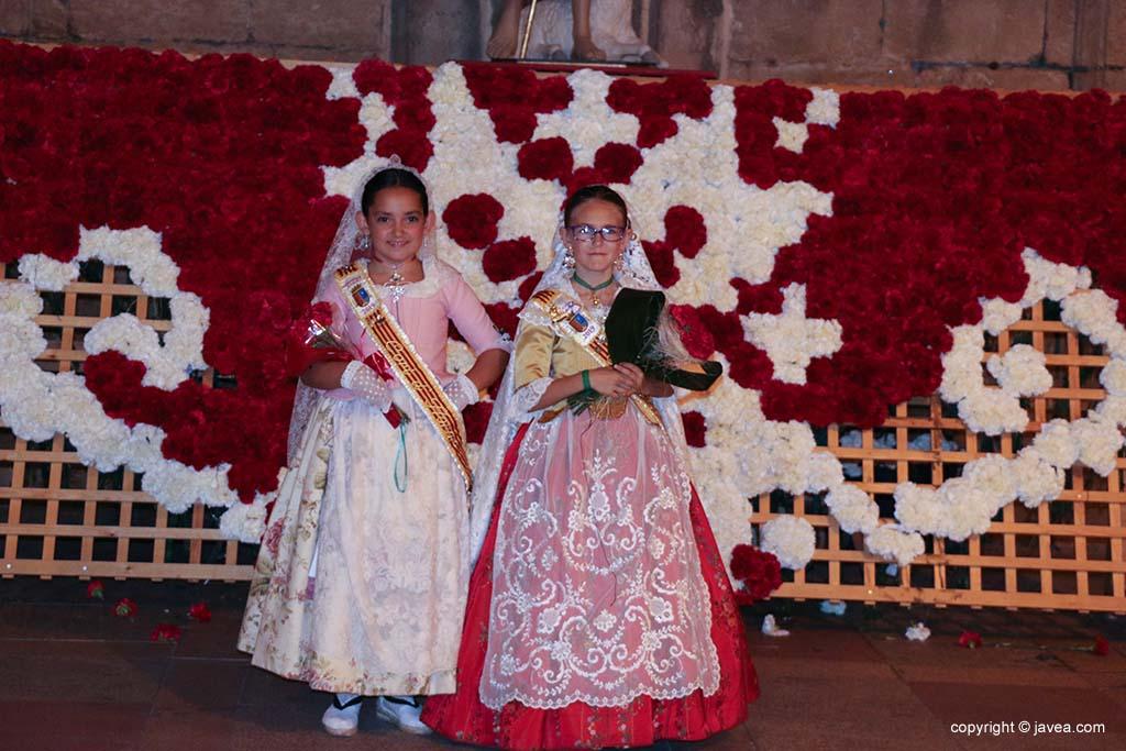 Ofrena de flors a Sant Joan-Fogueres 2019 (189)