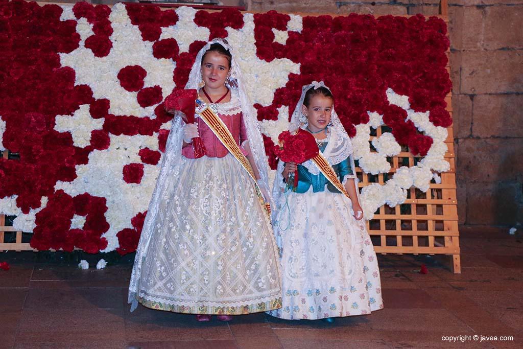 Ofrena de flors a Sant Joan-Fogueres 2019 (193)