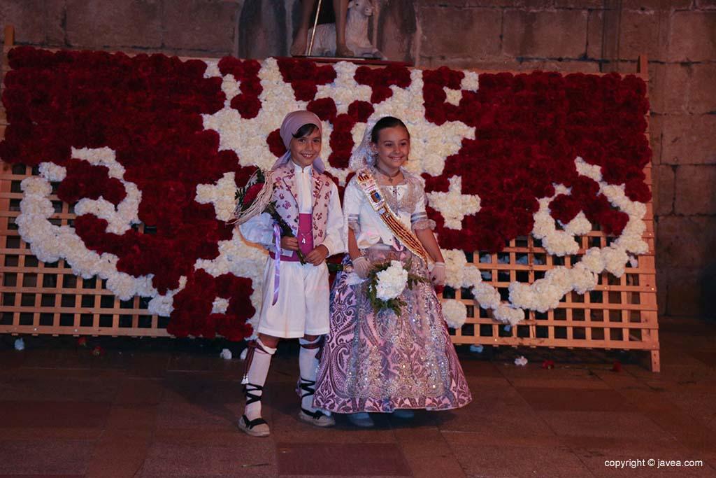 Ofrena de flors a Sant Joan-Fogueres 2019 (195)