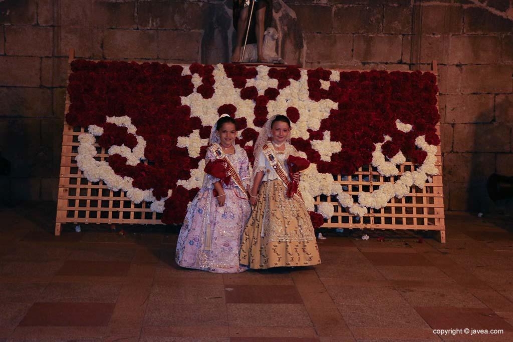 Ofrena de flors a Sant Joan-Fogueres 2019 (196)