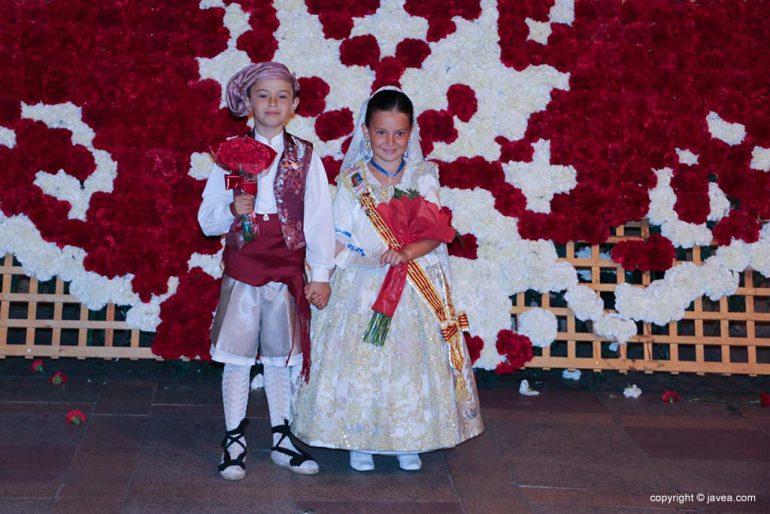 Ofrena de flors a Sant Joan-Fogueres 2019 (199)
