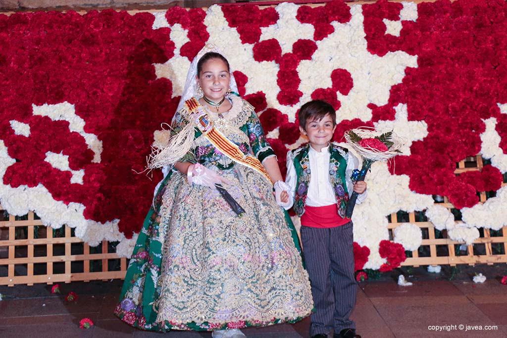 Ofrena de flors a Sant Joan-Fogueres 2019 (202)