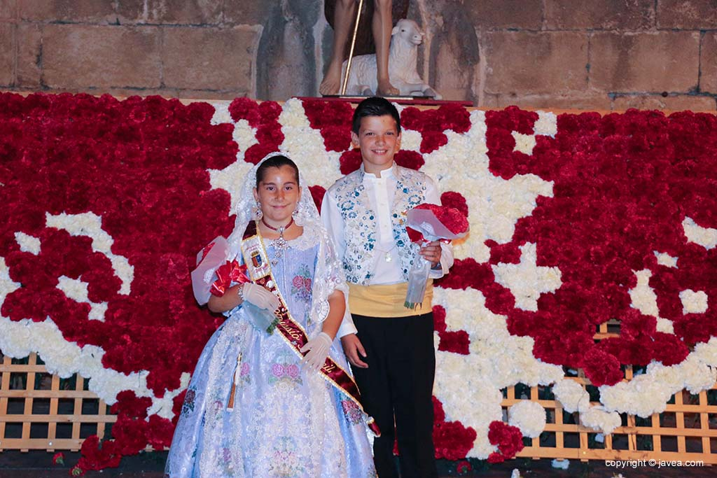 Ofrena de flors a Sant Joan-Fogueres 2019 (204)