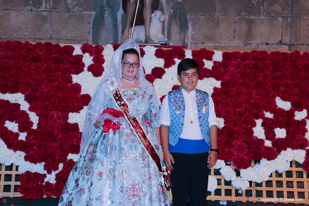 Ofrena de flors a Sant Joan-Fogueres 2019 (206)