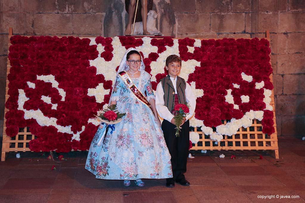 Ofrena de flors a Sant Joan-Fogueres 2019 (212)