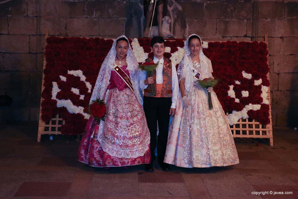 Ofrena de flors a Sant Joan-Fogueres 2019 (214)