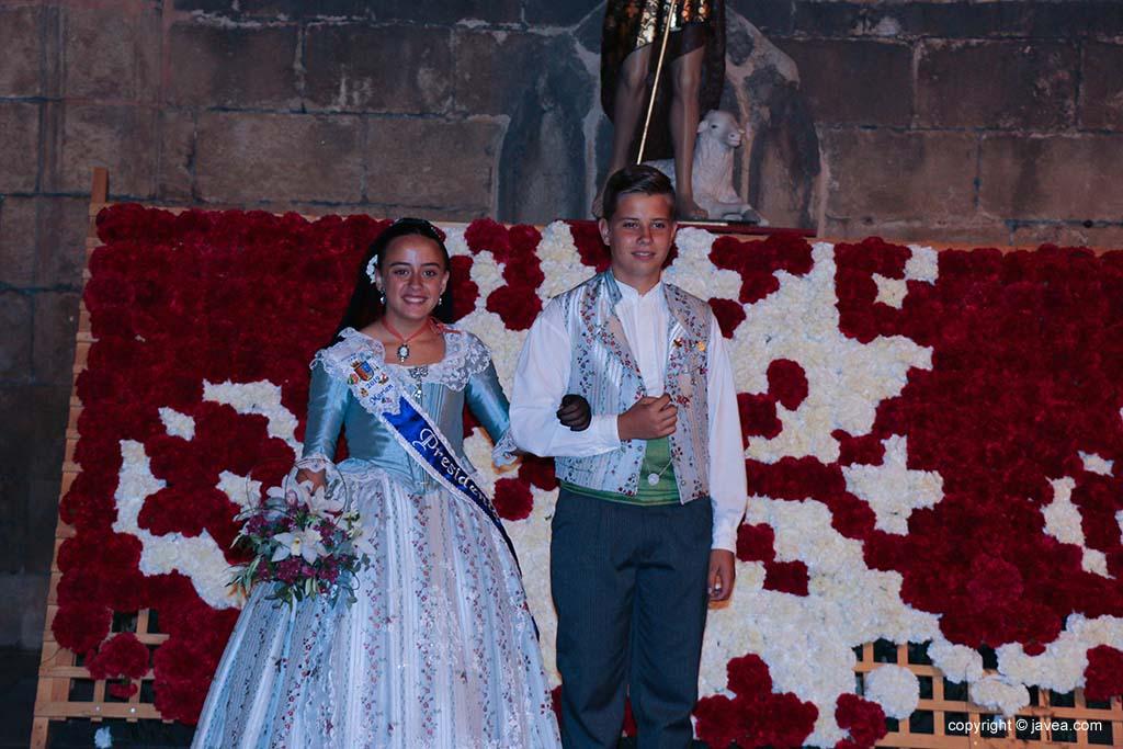 Ofrena de flors a Sant Joan-Fogueres 2019 (218)
