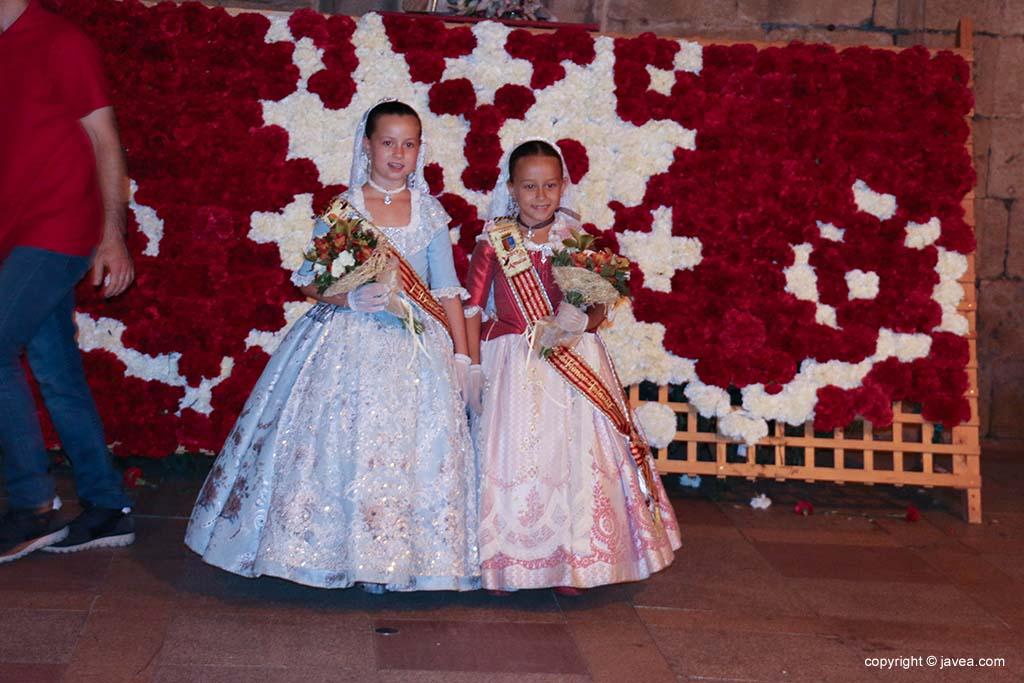 Ofrena de flors a Sant Joan-Fogueres 2019 (220)