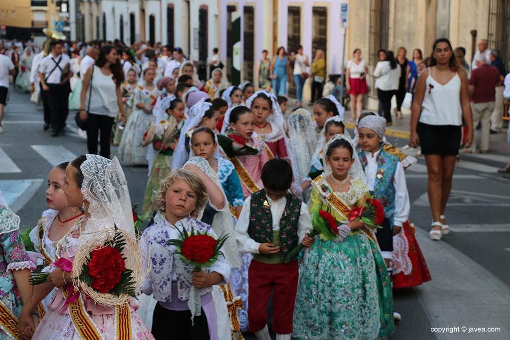 Ofrena de flors a Sant Joan-Fogueres 2019 (67)