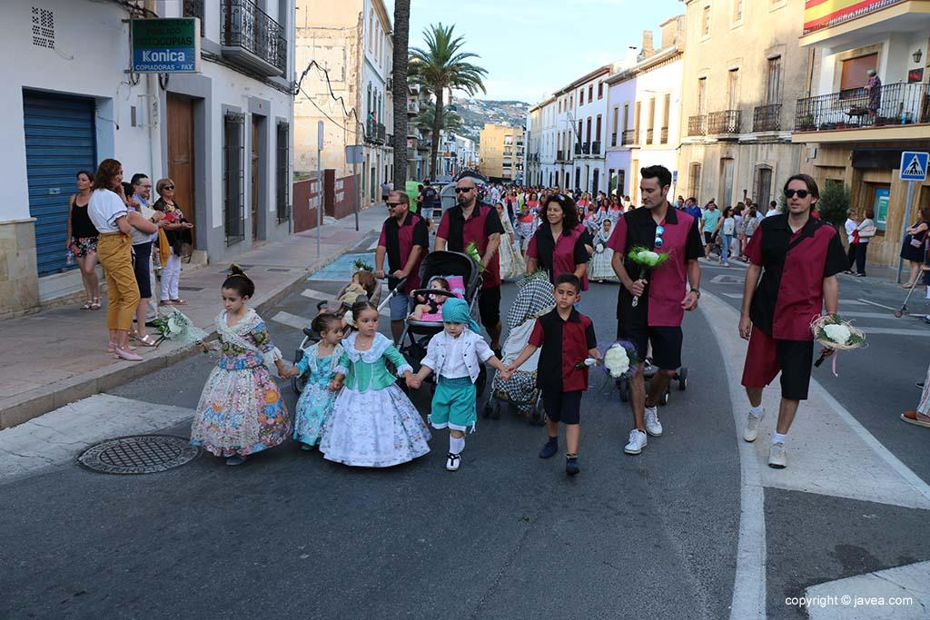 Ofrena de flors a Sant Joan-Fogueres 2019 (7)