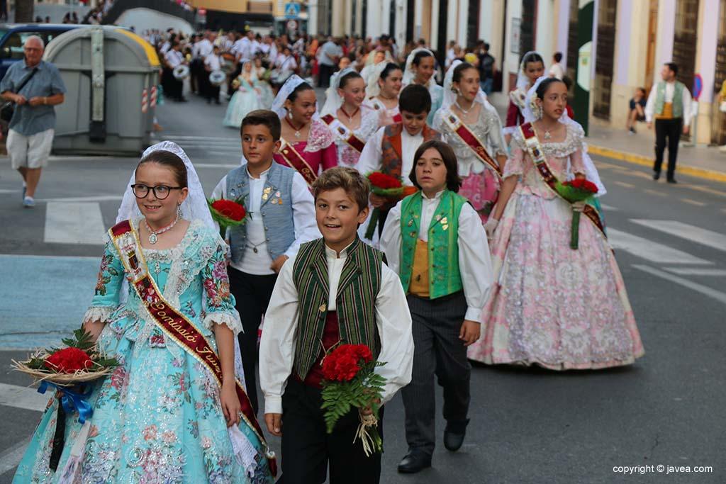 Ofrena de flors a Sant Joan-Fogueres 2019 (73)