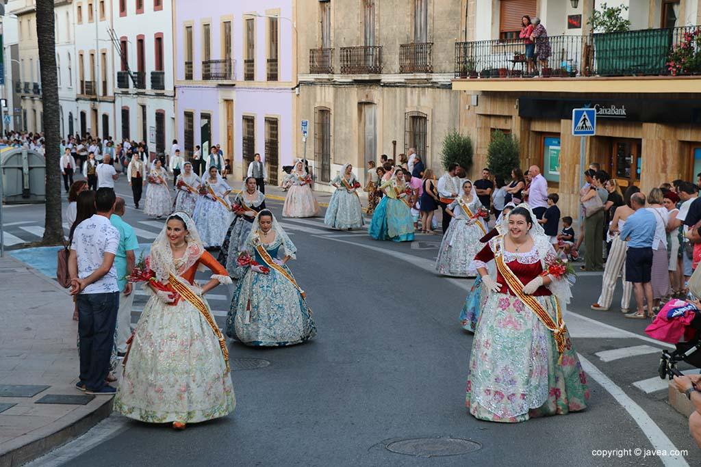 Ofrena de flors a Sant Joan-Fogueres 2019 (87)