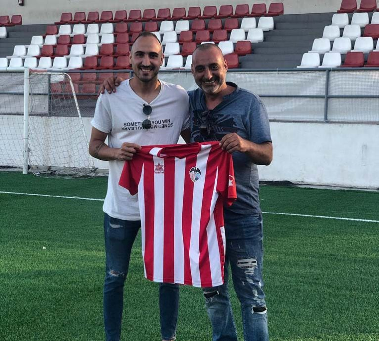 Panucci signs for the Jávea CD