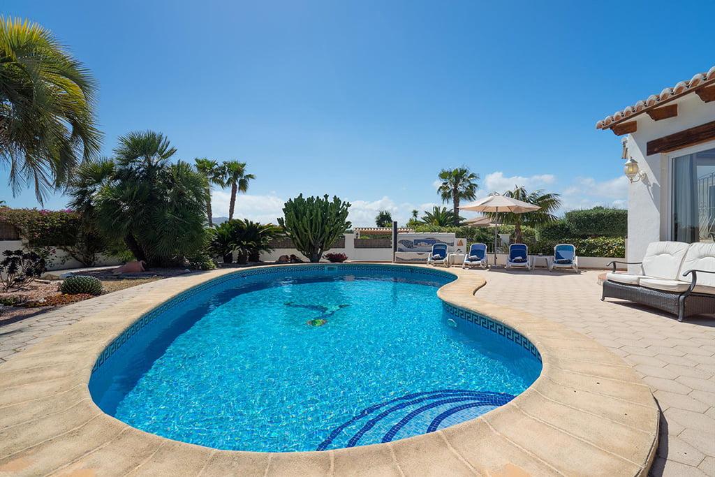 Llogar una casa amb piscina privada a Xàbia - Aguila Rent a Vila