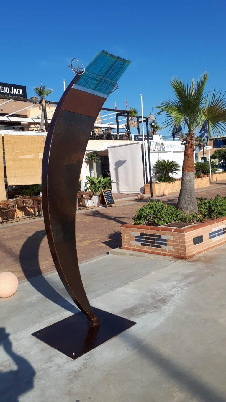 Escultura en Marina de Dénia