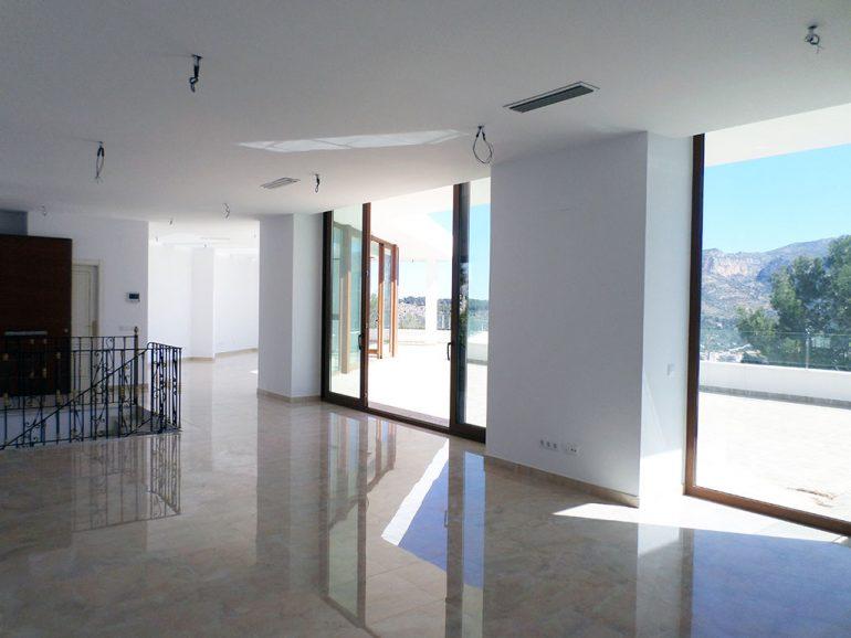 Casa muy grande con acabados de lujo en Dénia - Promociones Dénia, S.L.
