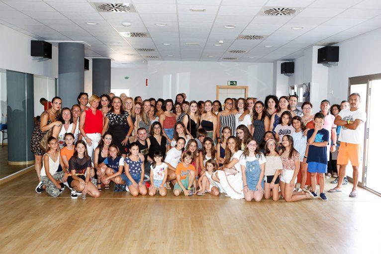 Alumnes de ball de Miquel Àngel Bolo - Centre Esportiu Dénia