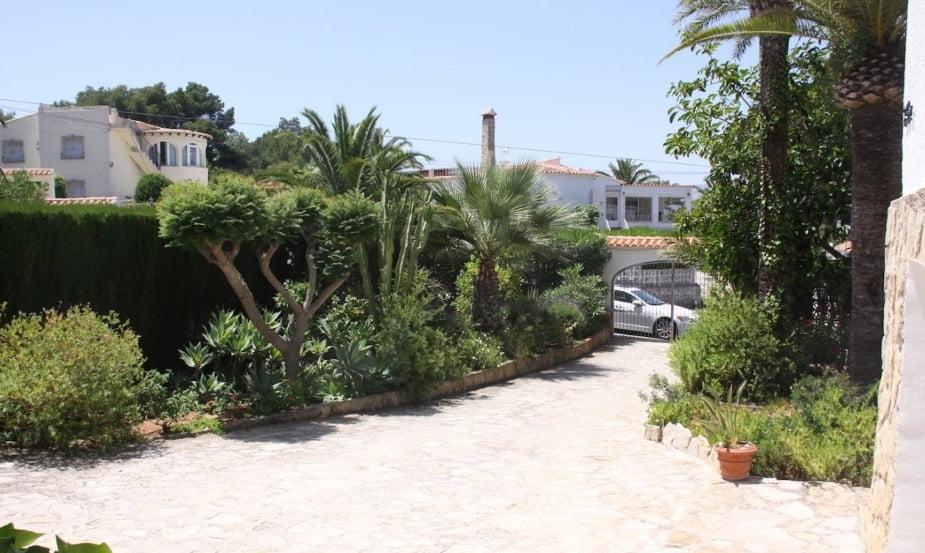 Продается вилла в Хавеа с местом для нескольких автомобилей - Terramar Costa Blanca