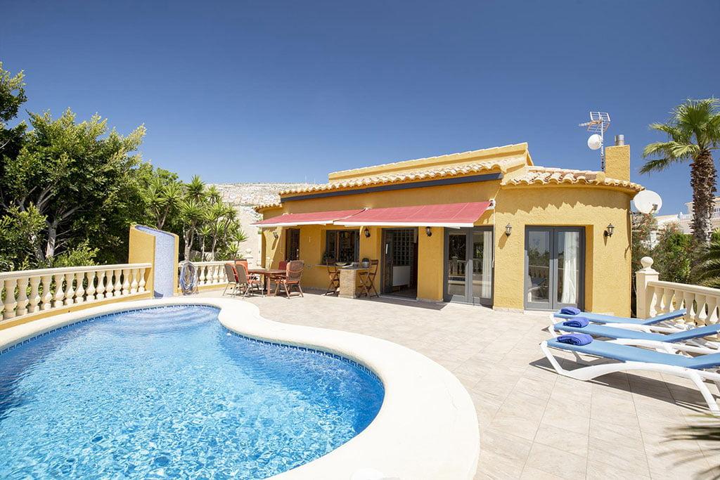 Casa amb piscina privada a Cumbre del Sol - Quality Rent a Vila