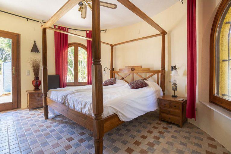 Casa amb tres habitacions per a vacances - Quality Rent a Vila