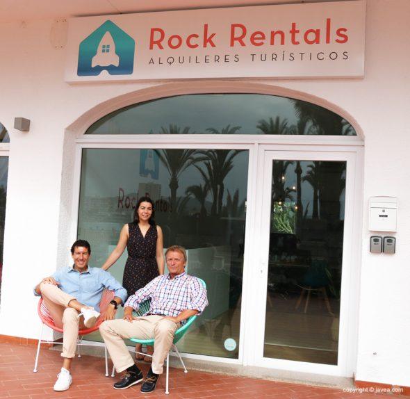 L'equip de Rock Rentals t'ajuda amb el teu lloguer de vacances a Xàbia