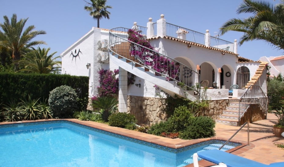 Внешний вид виллы для продажи недалеко от Portitxol - Terramar Costa Blanca