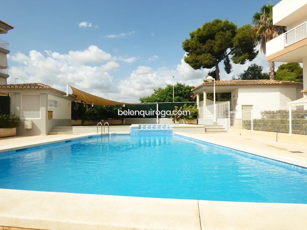 Apartamento com piscina no porto de Jávea - Inmobiliaria Belen Quiroga