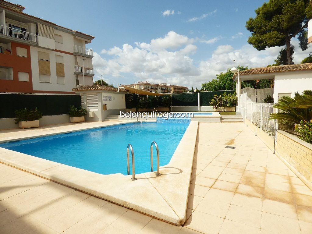 Apartamento com piscina em Jávea - Inmobiliaria Belen Quiroga