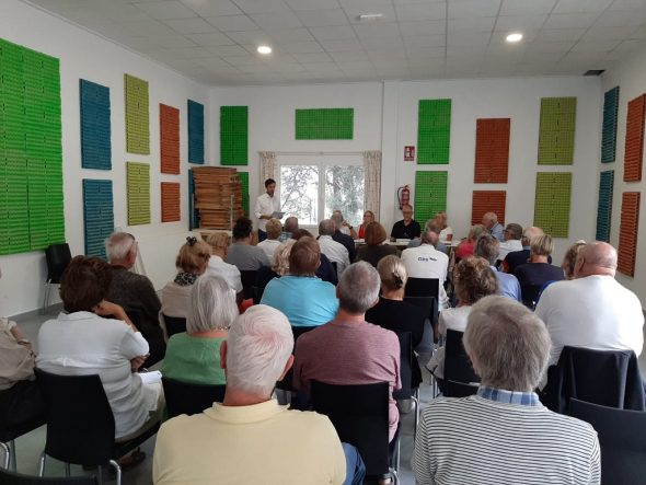 Imagen: Asamblea de la Asociación Vecinos Cooperando