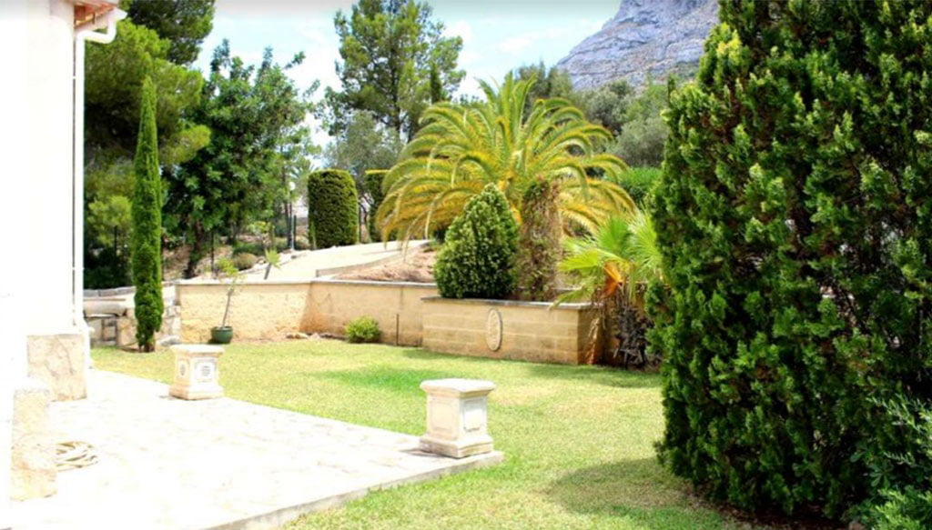 Xalet amb jardí a la venda a Dénia - Stirling Ackroyd Spain