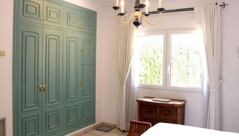 Xalet de quatre dormitoris en venda a Dénia - Stirling Ackroyd Spain
