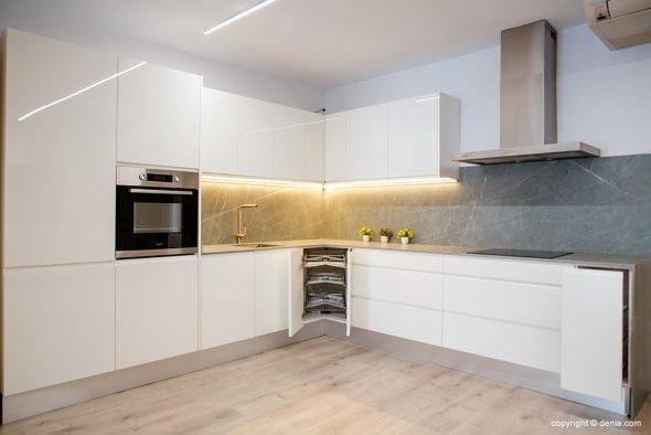 Imatge: Cuina moderna modular - Cuina Fàcil