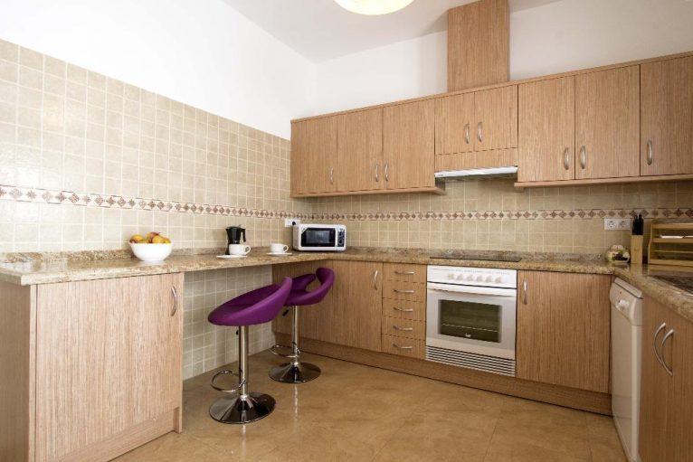 Cuina renovada a casa de vacances - Quality Rent a Vila