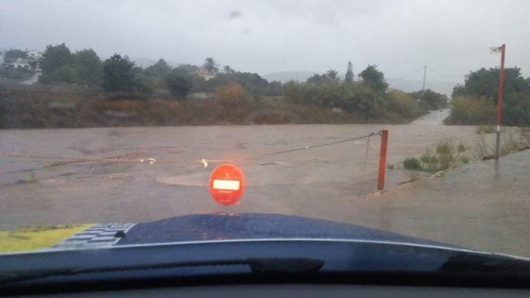 Corte de tráfico en los accesos al Río Gorgos
