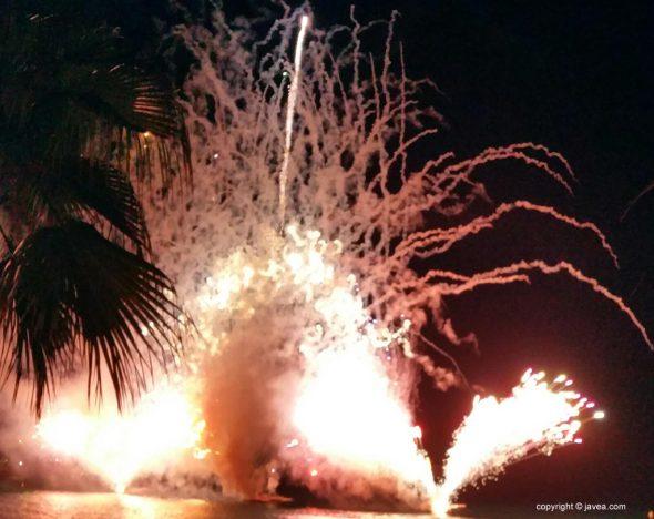 Immagine: fuochi d'artificio per le vacanze di Loreto
