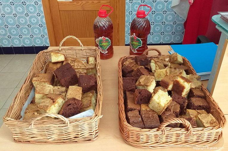 La Comissió de Festes ofereix Coca Maria i mistela en el Dia de la Gent Gran