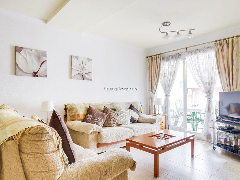 Sala de um apartamento muito brilhante à venda em Jávea - Inmobiliaria Belen Quiroga