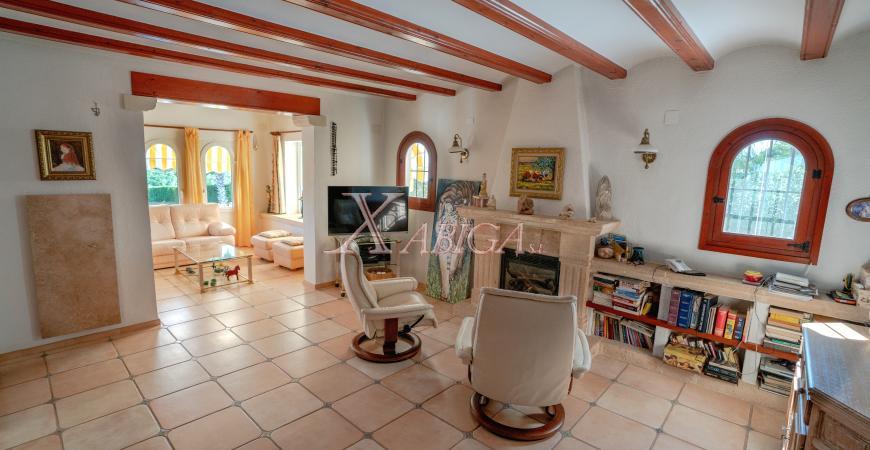 Living room of a villa for sale in Jávea - Xabiga Inmobiliaria