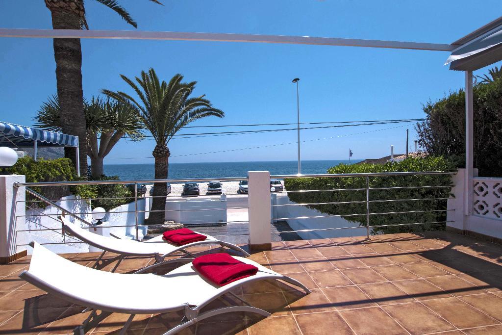 Terrassa amb vistes al mar a casa de lloguer a Xàbia - Quality Rent a Vila