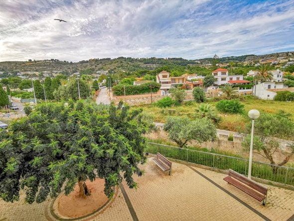 Afbeelding: uitzicht vanuit een appartement te koop in de haven van Jávea - L&T Properties