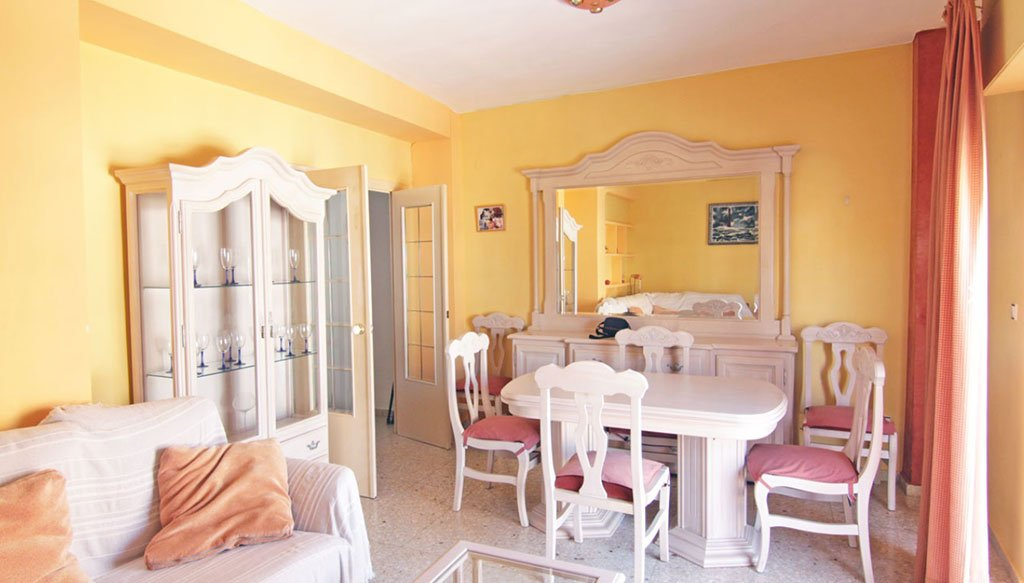 Menjador en un pis de venda dins de Xàbia - MORAGUESPONS Mediterranean Houses