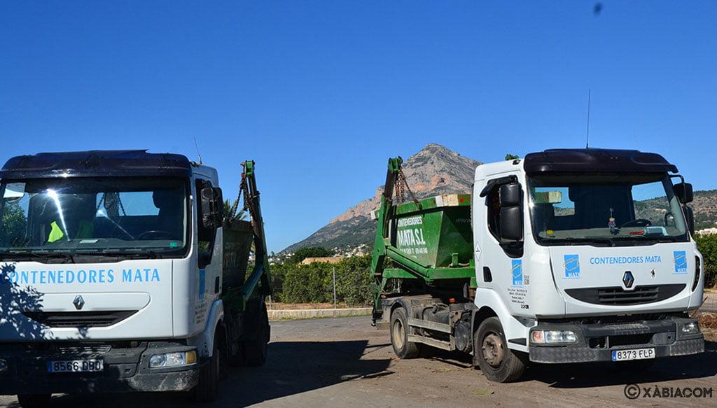 Camiones y contenedores – Contenedores Mata