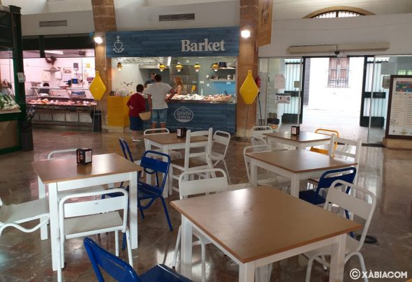 Imatge: El Mercat de Xàbia obre un nou lloc de peixateria